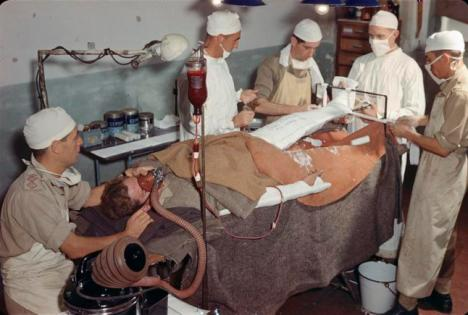 Operating Theatre Italy 1944 © IWM (TR 2410)